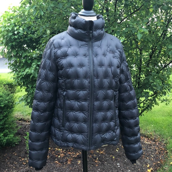 The North Face Jackets & Blazers - The Northface quilted down jacket EUC